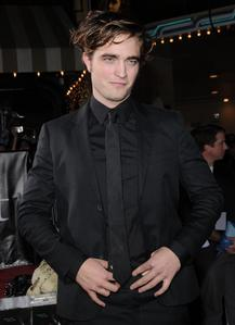my handsome babe in black at the Twilight premiere<3