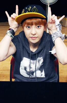 XIUMIN‼‼ He's just so adorable and I love his eyes and smile:3
