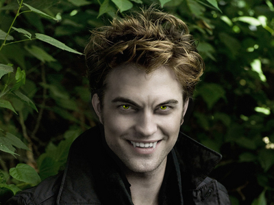 some may find this pic of my gorgeous Robert scary,but I find it sexy<3