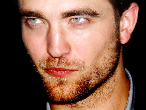 everytime I look at Robert's eyes,I melt<3
