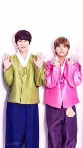 they're real, lovely and handsome 👍 Especially Kyuhyun & Sungmin 👍