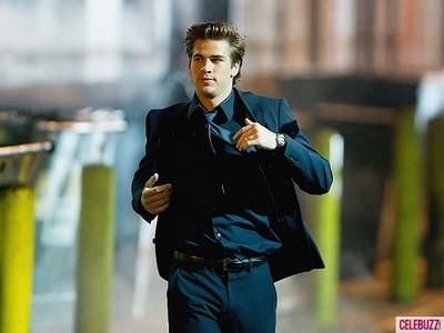 Liam running . In a suit. Hot!
