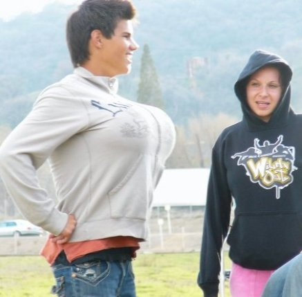 Taylor and his big chest...LOL<3