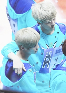 i Liebe them both and i know that they are so good together but i think Lu Han is little bit better than Sehun