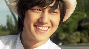 Kim Bum is definitely the CUTEST out of the four
