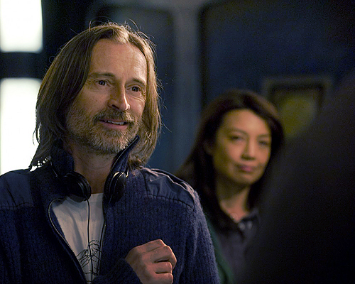 my Sweetheart in sweater on set 'Stargate Universe' (Have I mentioned how much I upendo Him?) <3 <3 <3