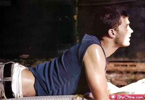 Jamie lying on the floor<3