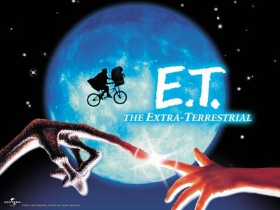 E.T.(1982)