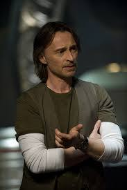 my pretty Bobby as dr. Nicholas Rush in Stargate Universe. This is my ultimate preferito mostra of him!