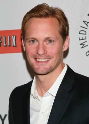 Alexander Skarsgard- a sweet and sexy smile.