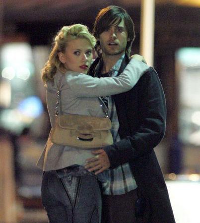 Jared and Scarlett Johansson<3