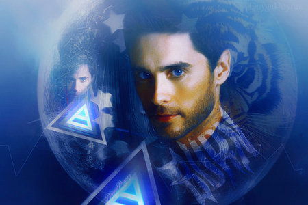 Jared with a blue-ish background<3
