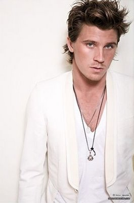 Garrett looking hot in white<3