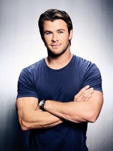 Hottie Chris wearing a blue t-shirt :)