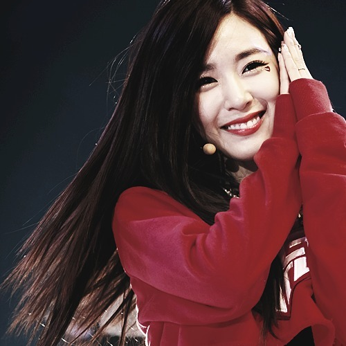 [i]Tiffany in red <3[/i]