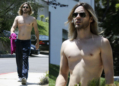 I think I'm gonna go to hell for having impure thoughts about shirtless Jesus<3