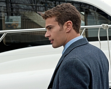 my McYummy Theo from the side<3