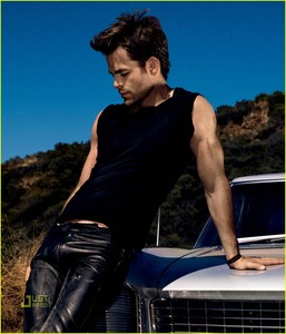 Chris Pine in black<3