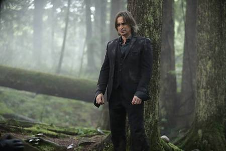 my pag-ibig in black (this was the LAST episode that I watched in OUAT! Pure cruelty!!!!)