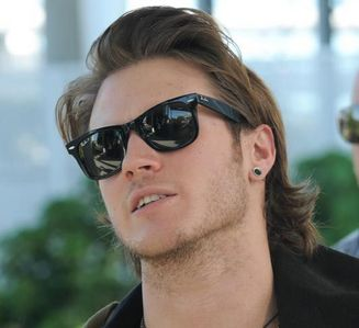 Dougie with shades