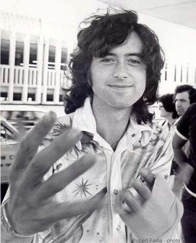 Not being specific, a large portion of my pictures are of classic rock stars from the 60's & 70's. Being plus specific, my Jimmy Page folder has the most pictures in it.