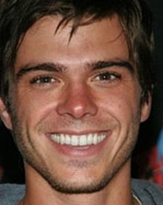 Matt's brown eyes <333333