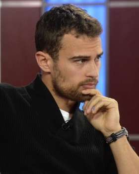 my tantalizing Theo touching his chin<3