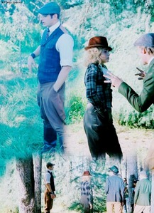 Robert,Kellan,Nikki and Peter wearing old fashioned clothes from a Twilight flashback scene<<3