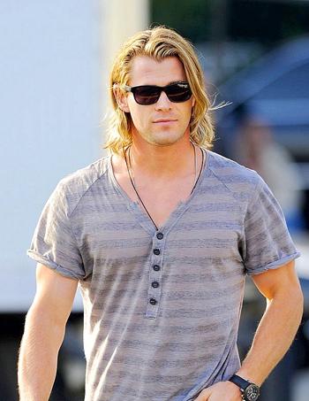 my Aussie hottie with long hair<3
