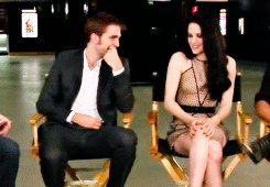 One of my personal favorites, Robert and Kristen flirt with each other. It's actually a GIF pic, if 당신 want to copy it and see it in motion, feel free!! Happy Birthday, Cheri!!