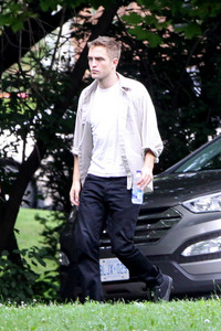 my gorgeous Robert in the summer of 2013 from the set of Maps to the Stars<3