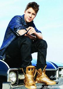 JB wearing emas shoes<3