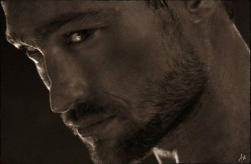 Andy Whitfield :(