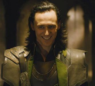 tom hiddleston as my Liebe loki <3