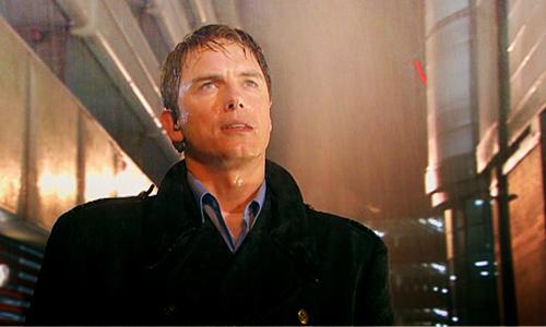 Knobber rains on Barrowman!