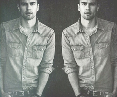 a double scoop of Theo<3