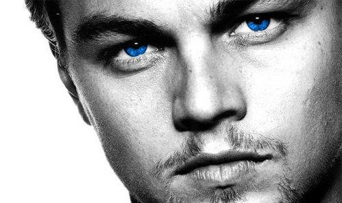 Leo's blue eyes<3