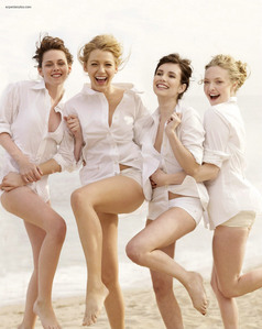 Kristen with Blake Lively,Emma Roberts and Amanda Seyfried from their VF plage photoshoot<3