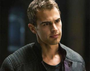 Theo James from Divergent.Just look at him...the answer is pretty obvious why I upendo him<3