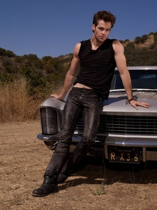 Chris Pine in leather<3