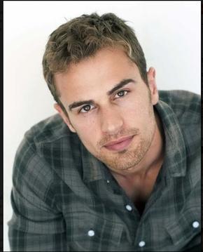 Theo's beautiful,dreamy eyes<3