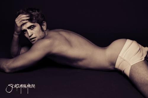 Robert's sexy bum<3