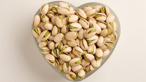 I like <i><b>pistachios</b></i> because they're <i><b>delicious</b></i> and easy to <i><b>open</b></i>. Well... easy to crack open if they're not sealed shut completely.