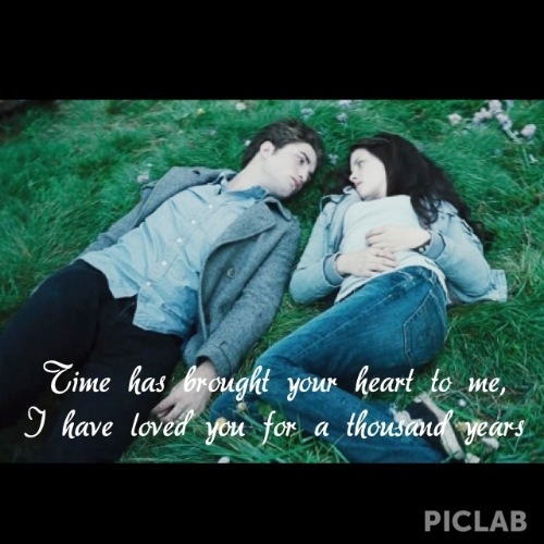 Edward and Bella with handwriting<3