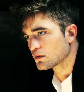 my gorgeous Robert looking to the side<3