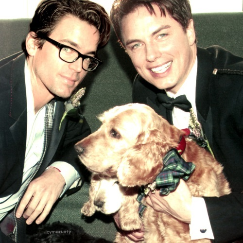 John,a cute dog and a guest nyota ;D <333333