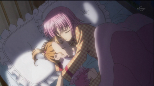 Amu & Ami Hinamori Sleeping in Amu's постель, кровати