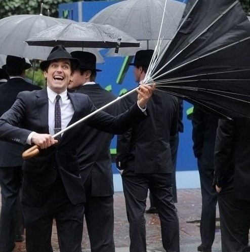 Matty goofing around on the set on a rainy siku in New York XD <33333