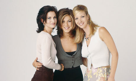 The 3 actresses, Jennifer Aniston, Courteney Cox and Lisa Kudrow from フレンズ :)