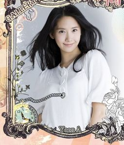 Of course is Yoona!!!!!!!